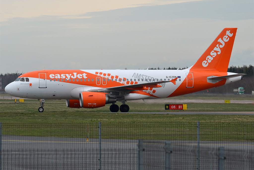 Easyjet Airbus A 319 At Prague On Jul 4th 2012 Too Close To Runway End On Departure Aeroinside