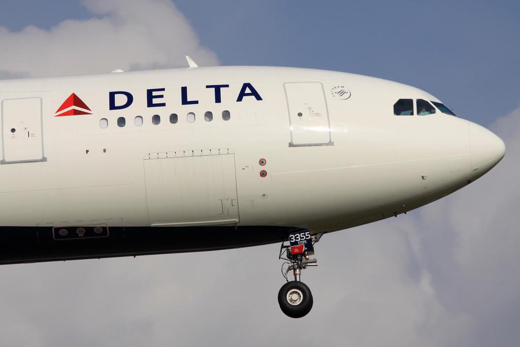 Delta Airbus A-330-200 at Beij...