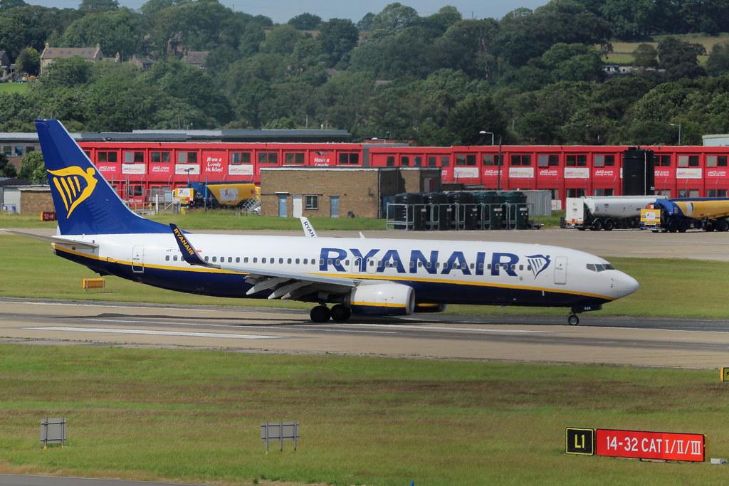 Photo of Ryanair Sun SP-RSM, Boeing 737-800