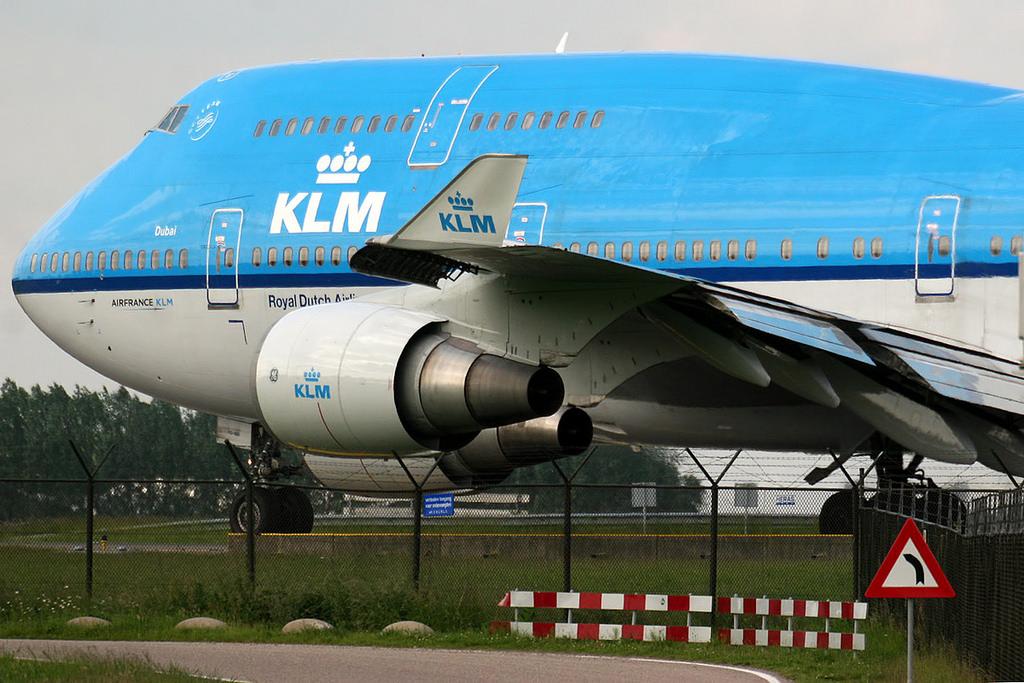 Klm Boeing 747400 At Amsterdam On Nov 19th 2014 Engine Problem